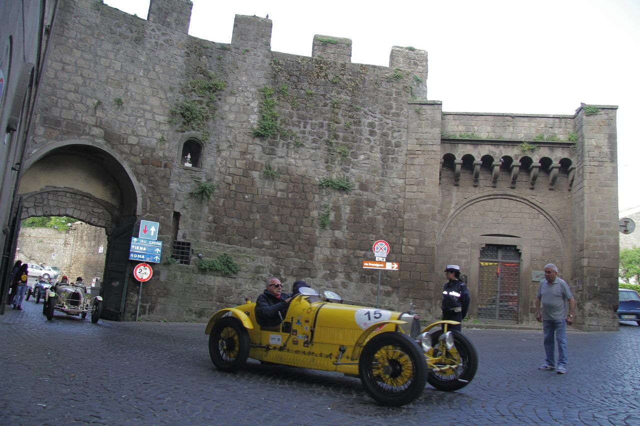 1000-mille-miglia-2015-3-tappa-section-0-100-1