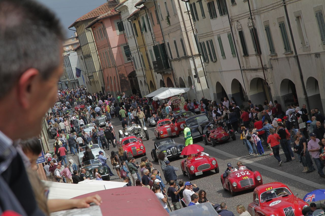 1000-mille-miglia-2015-3-tappa-section-0-100-36