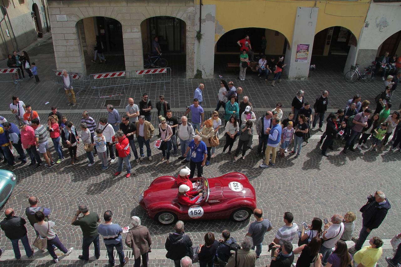 1000-mille-miglia-2015-3-tappa-section-0-100-37