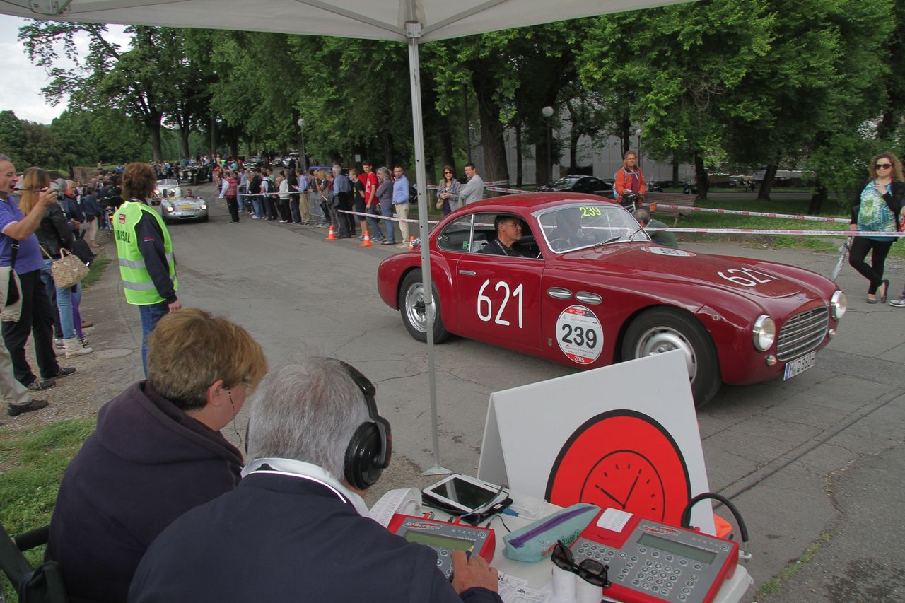1000-mille-miglia-2015-3-tappa-section-0-100-41