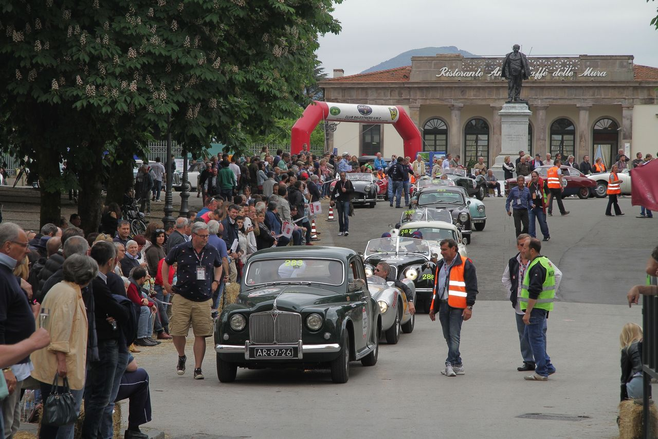 1000-mille-miglia-2015-3-tappa-section-0-100-45