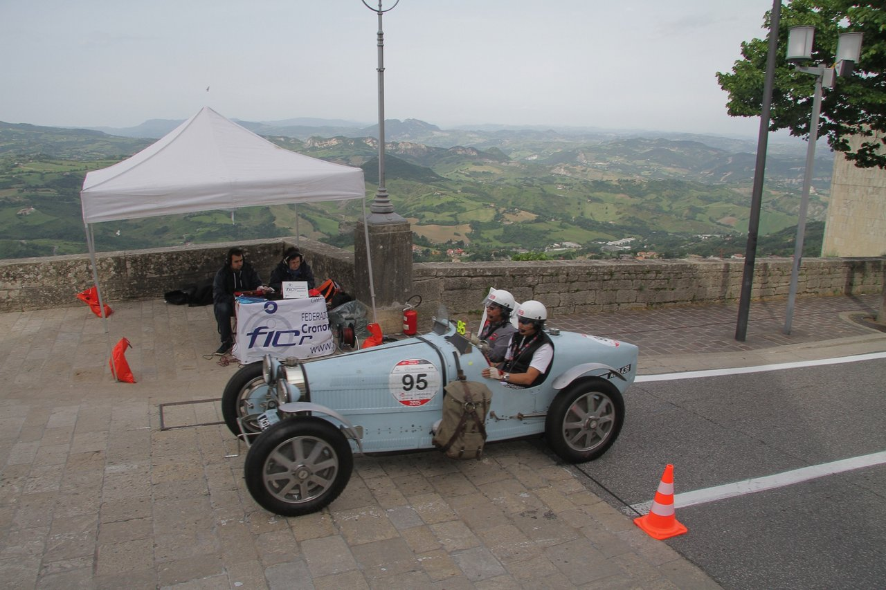 1000-mille-miglia-2015-section-2-tappa-0-100-12