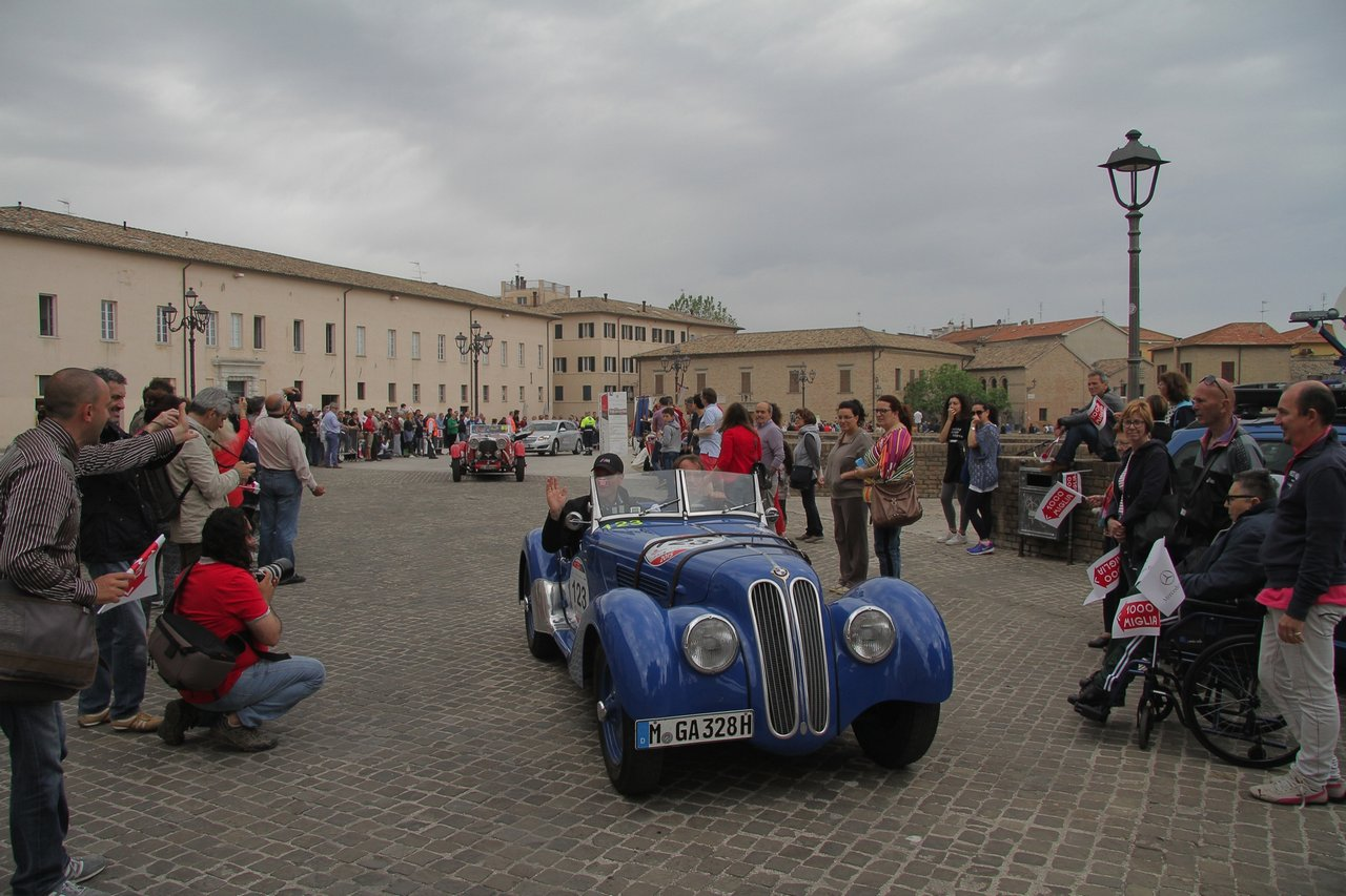 1000-mille-miglia-2015-section-2-tappa-0-100-25