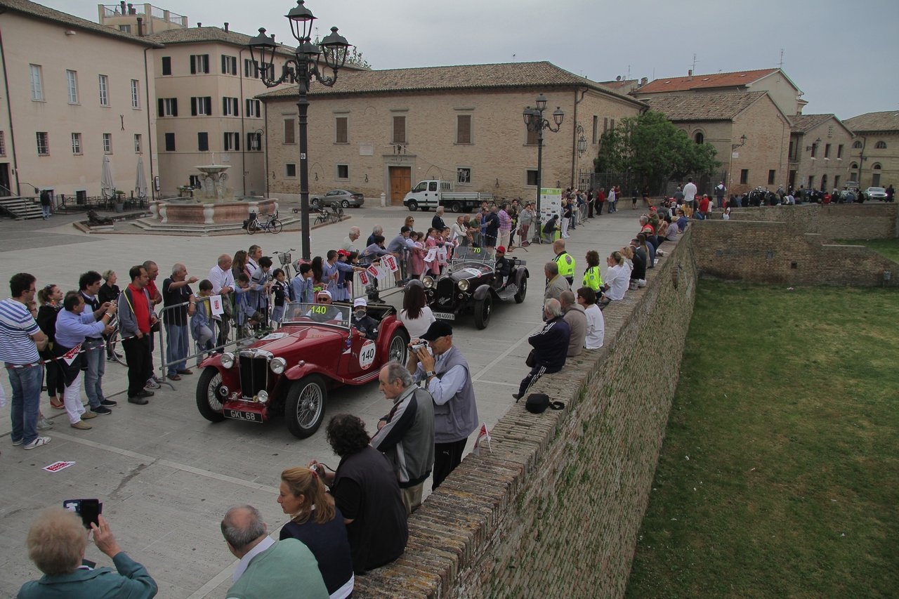 1000-mille-miglia-2015-section-2-tappa-0-100-27