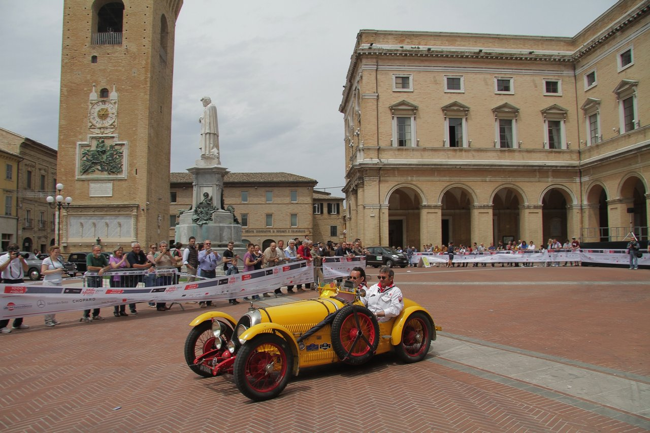 1000-mille-miglia-2015-section-2-tappa-0-100-34