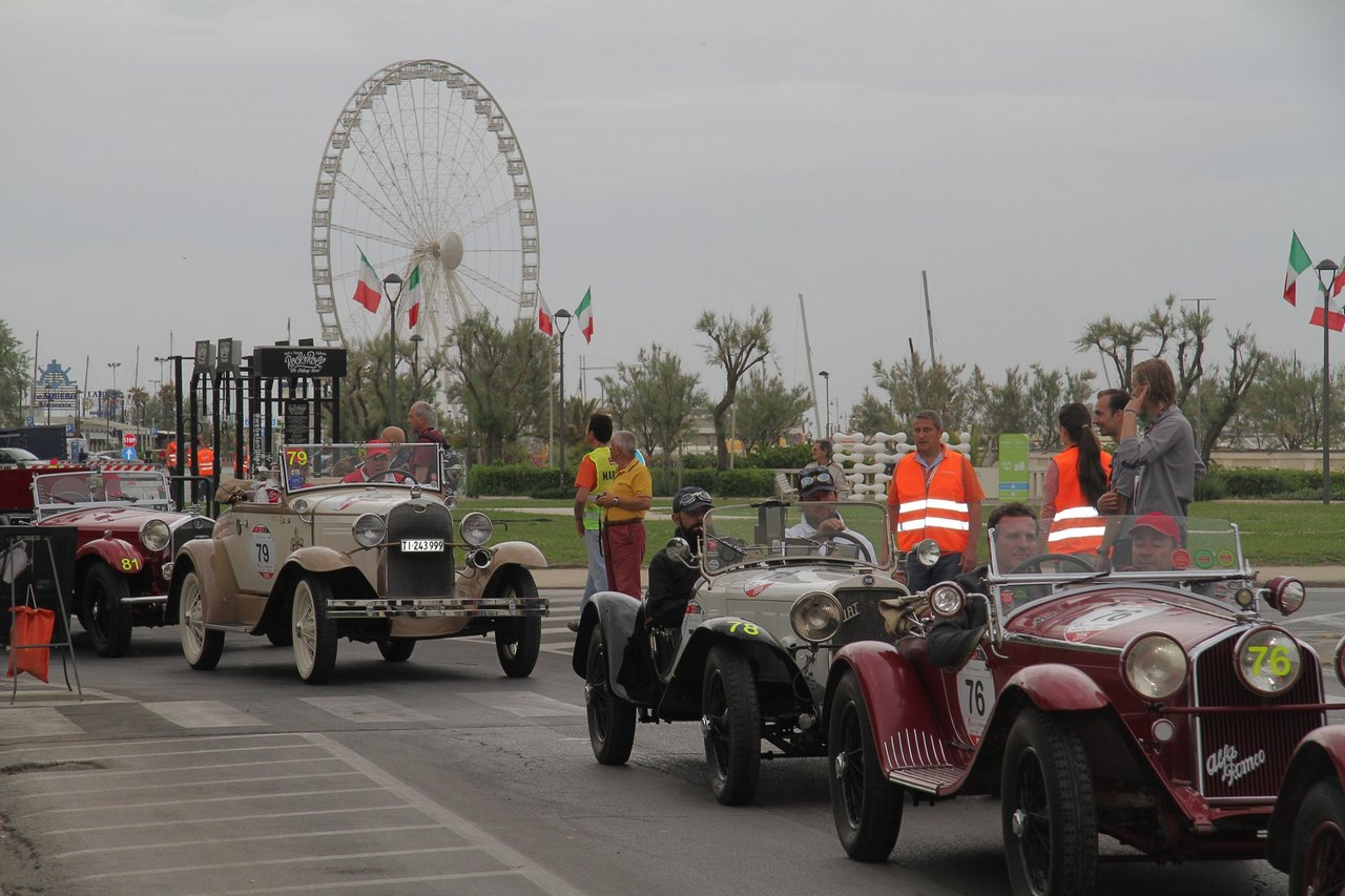 1000-mille-miglia-2015-section-2-tappa-0-100-4