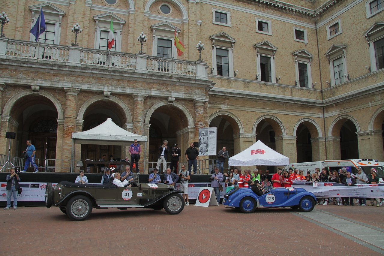 1000-mille-miglia-2015-section-2-tappa-0-100-41