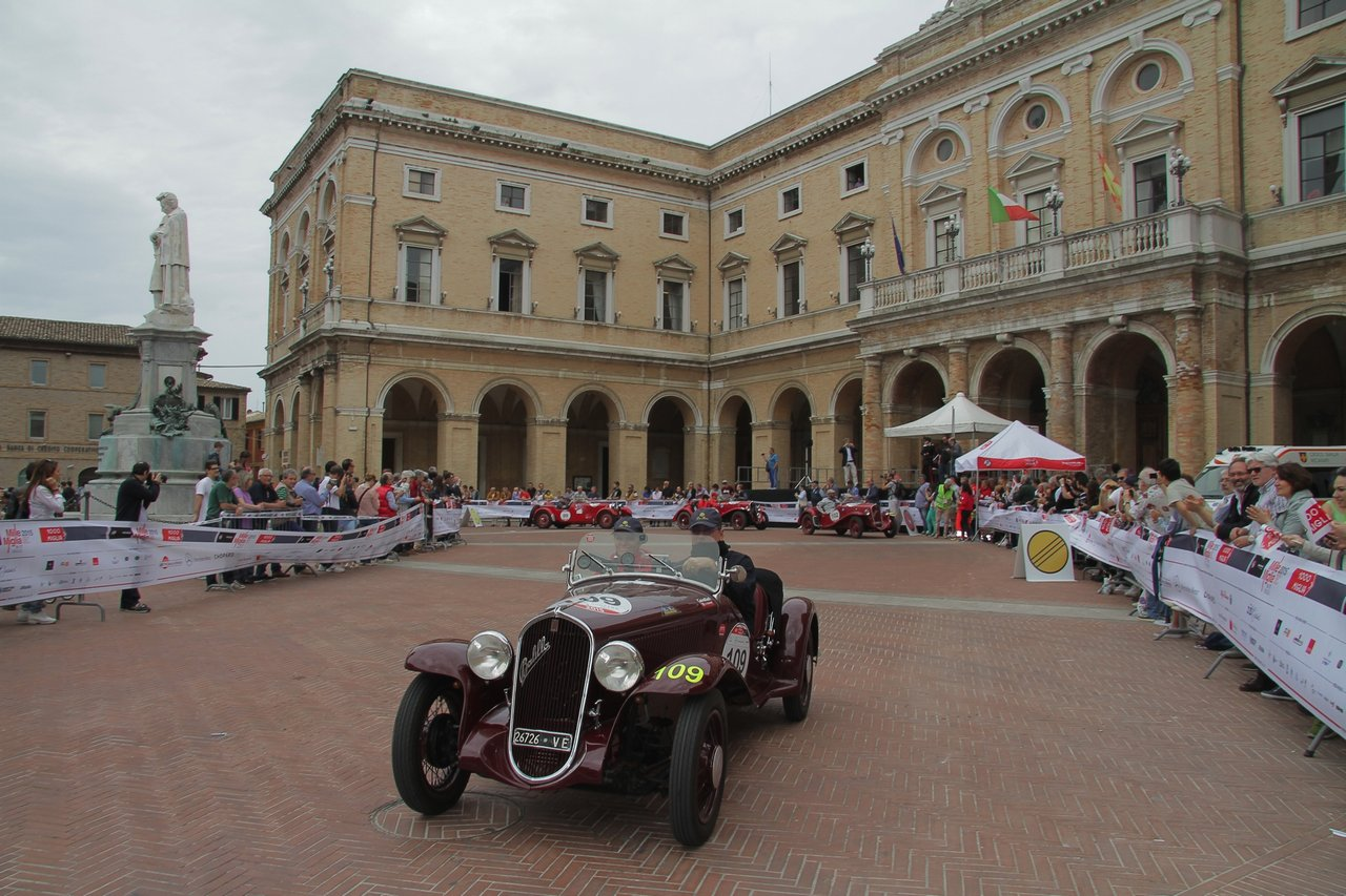 1000-mille-miglia-2015-section-2-tappa-0-100-42