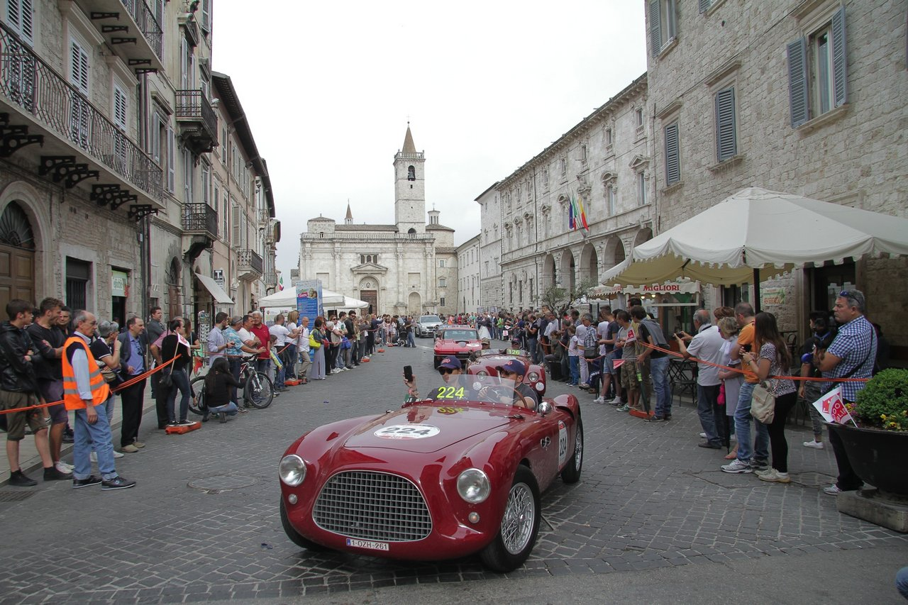 1000-mille-miglia-2015-section-2-tappa-0-100-49