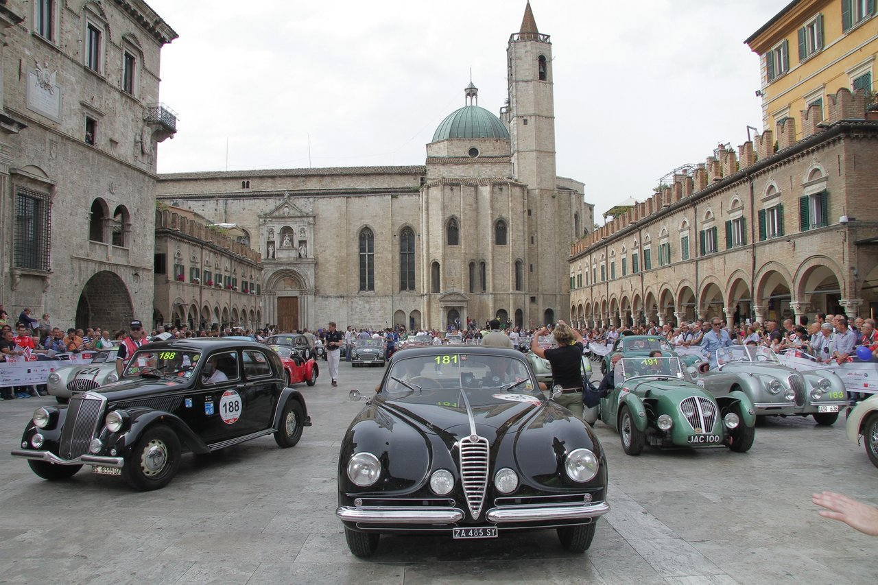 1000-mille-miglia-2015-section-2-tappa-0-100-52