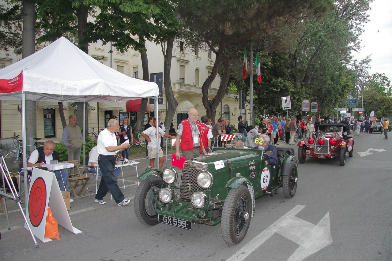 1000-mille-miglia-2015-section-2-tappa-0-100-6