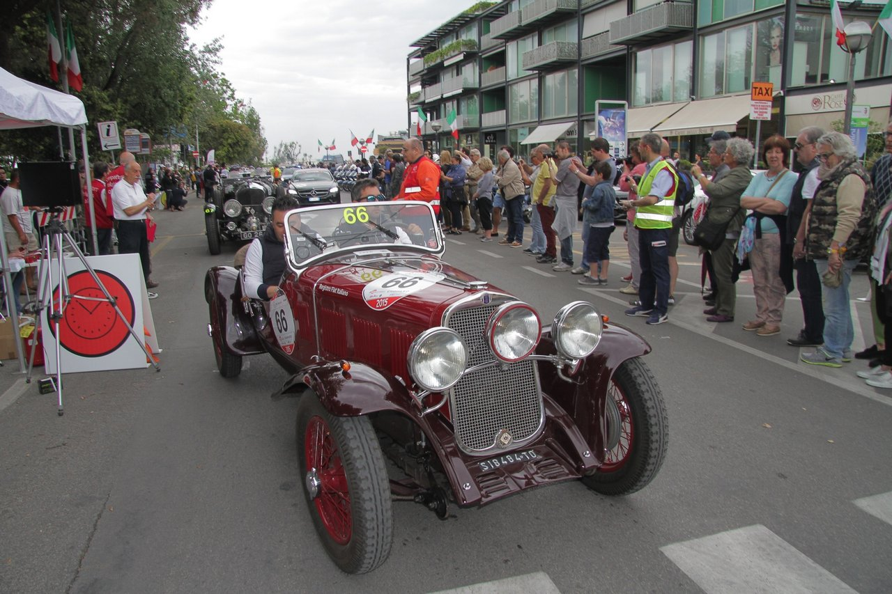 1000-mille-miglia-2015-section-2-tappa-0-100-8