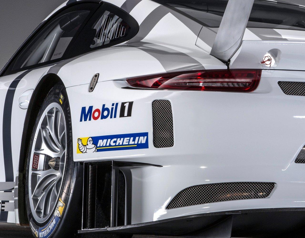 porsche-911-991-GT3-R-0-100-14