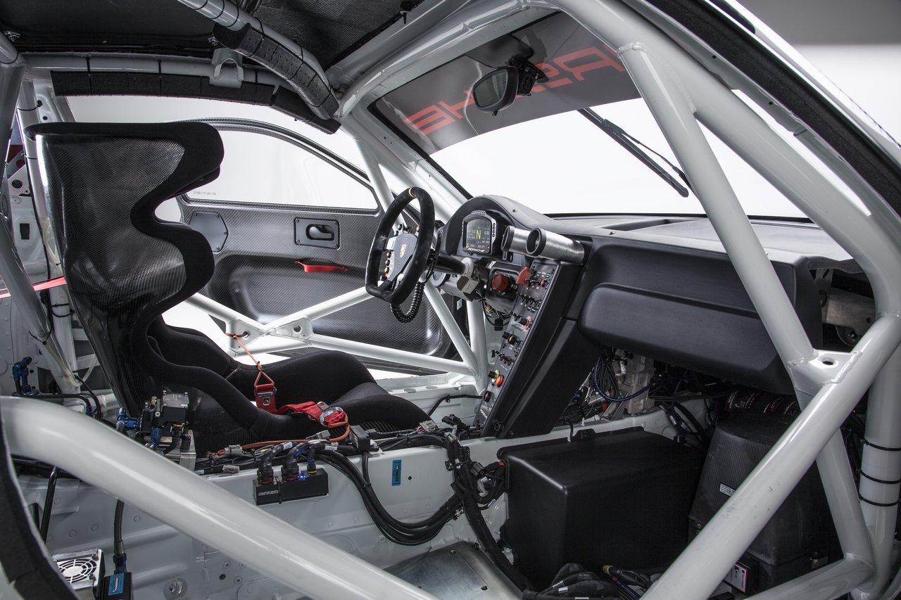 porsche-911-991-GT3-R-0-100-17