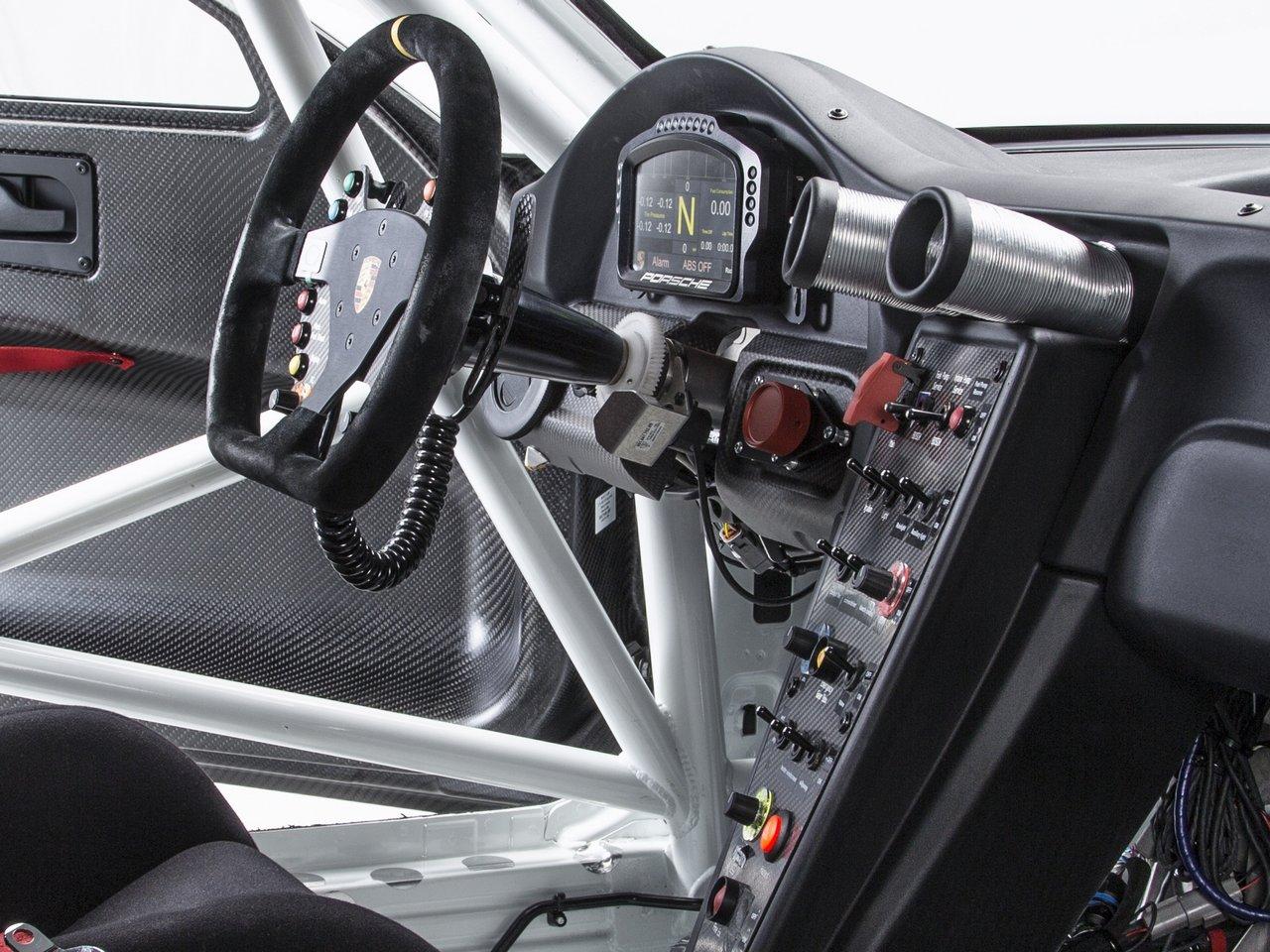 porsche-911-991-GT3-R-0-100-18