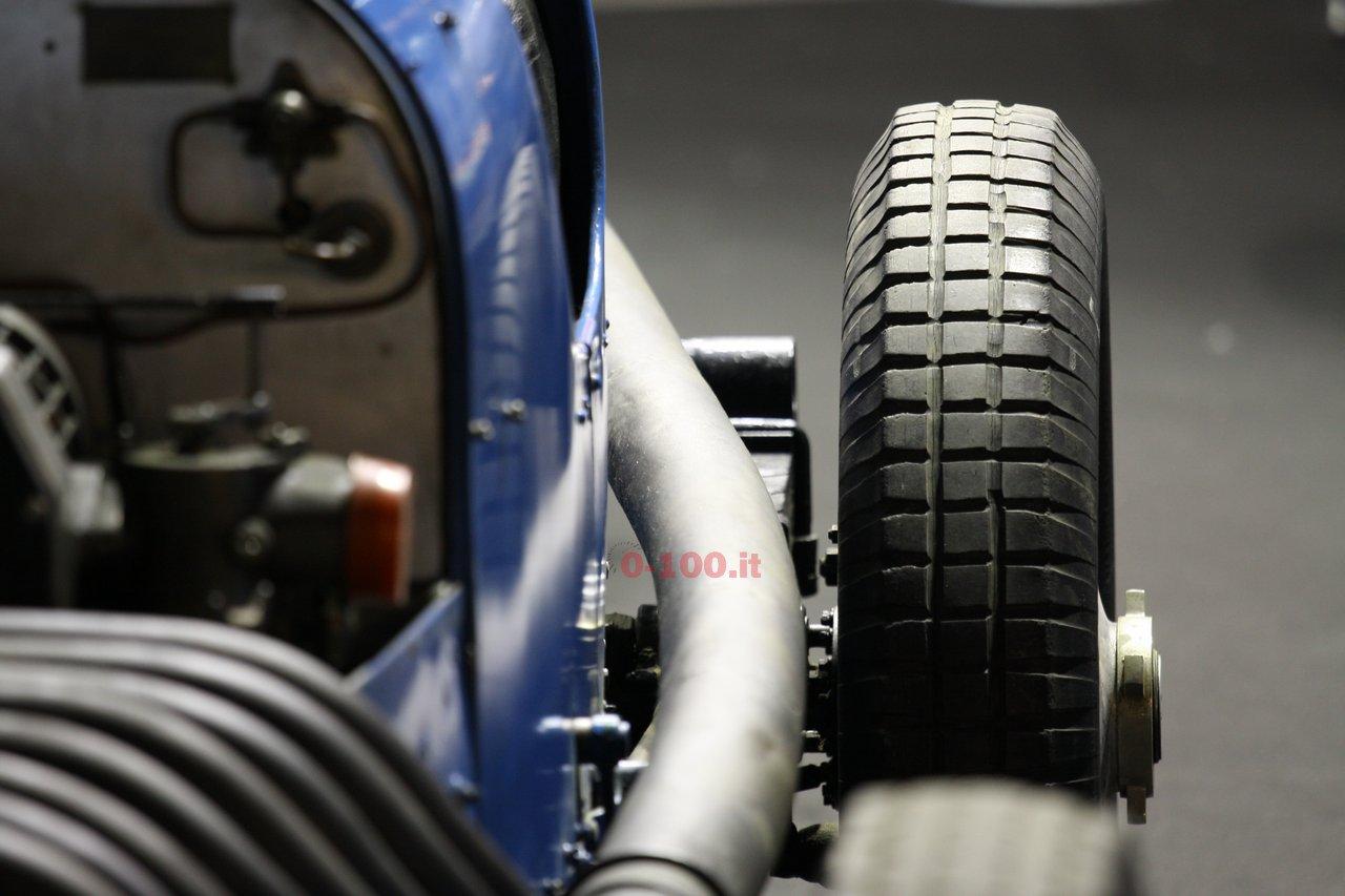 verona-legend-cars-2015-bugatti-type-45-16-cylinders-0-100-13