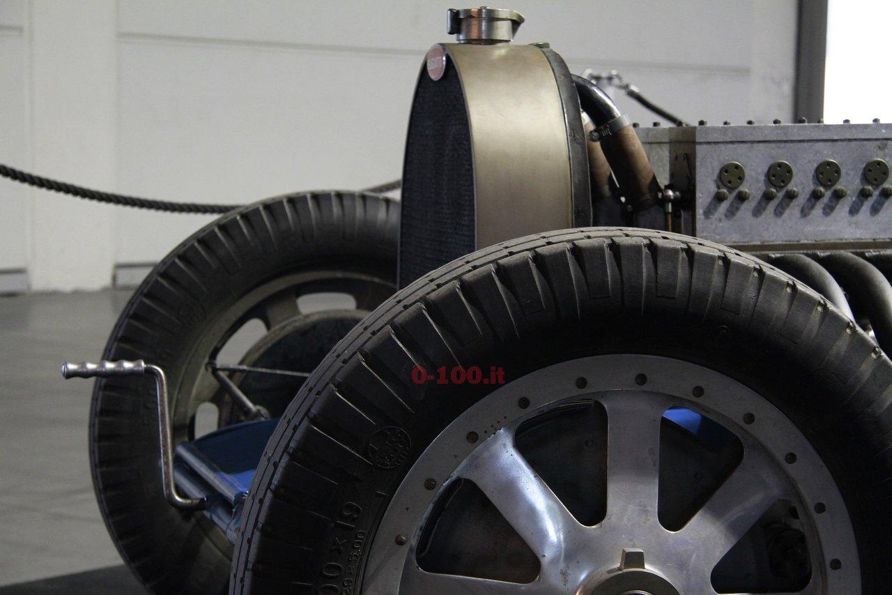 verona-legend-cars-2015-bugatti-type-45-16-cylinders-0-100-20