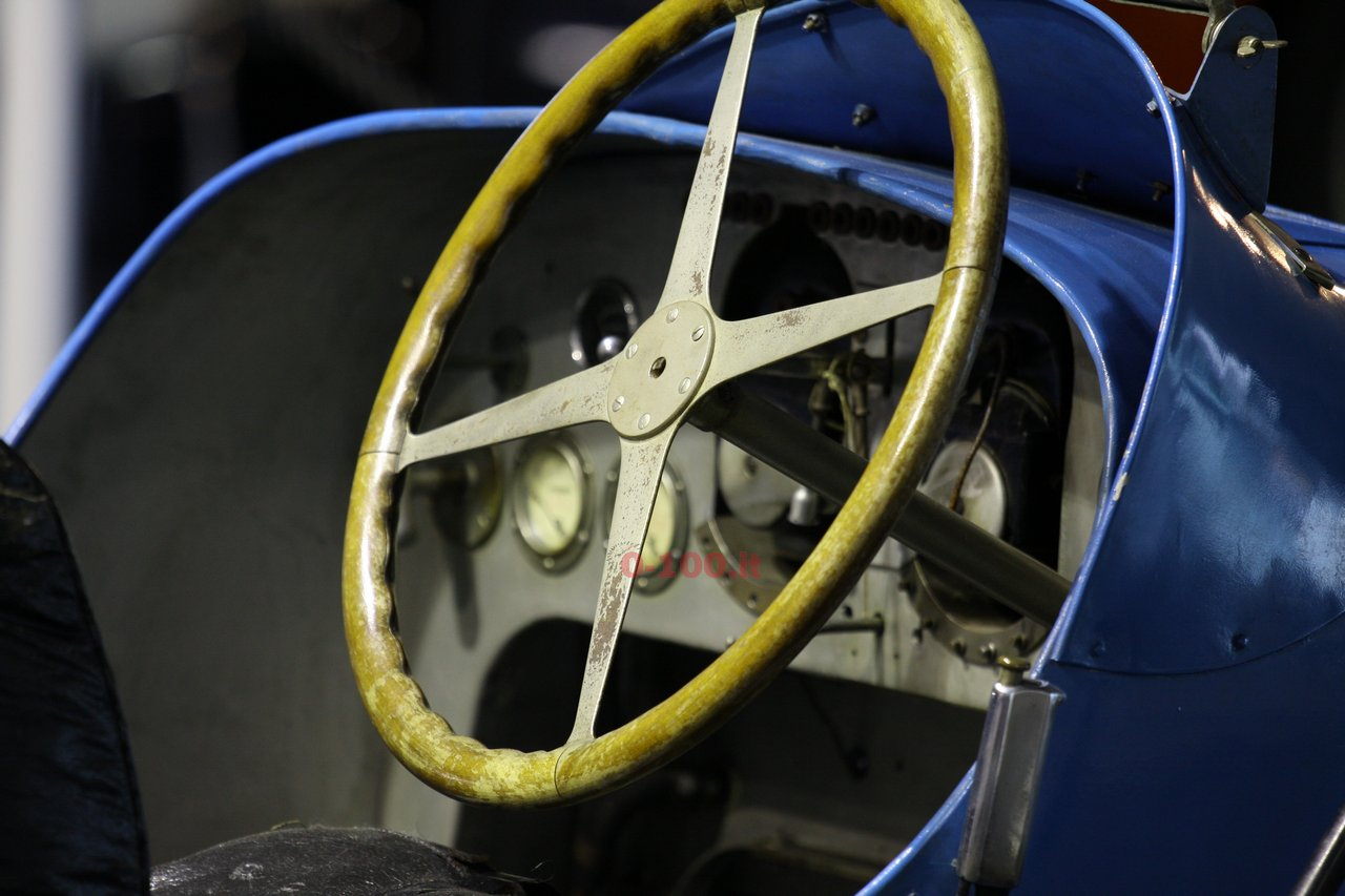verona-legend-cars-2015-bugatti-type-45-16-cylinders-0-100-7