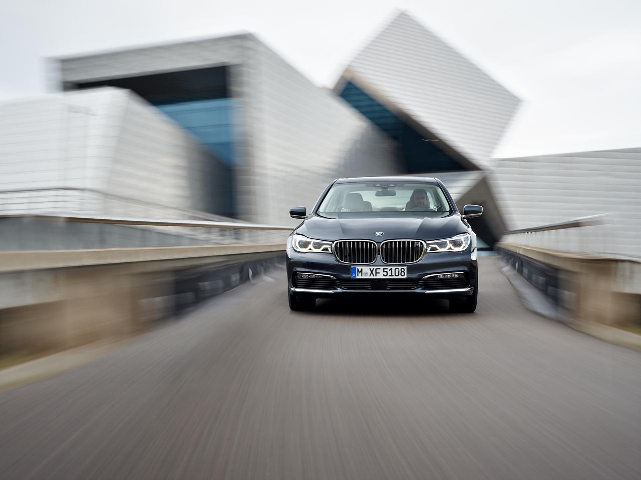 BMW-Serie-7-730d-prezzo-price-0-100_1