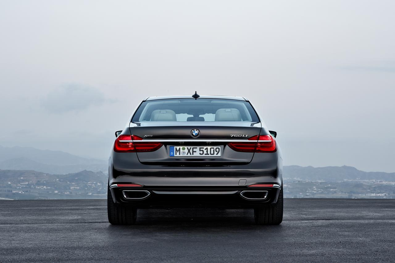 BMW-Serie-7-750Li-xDrive-prezzo-price-0-100_13
