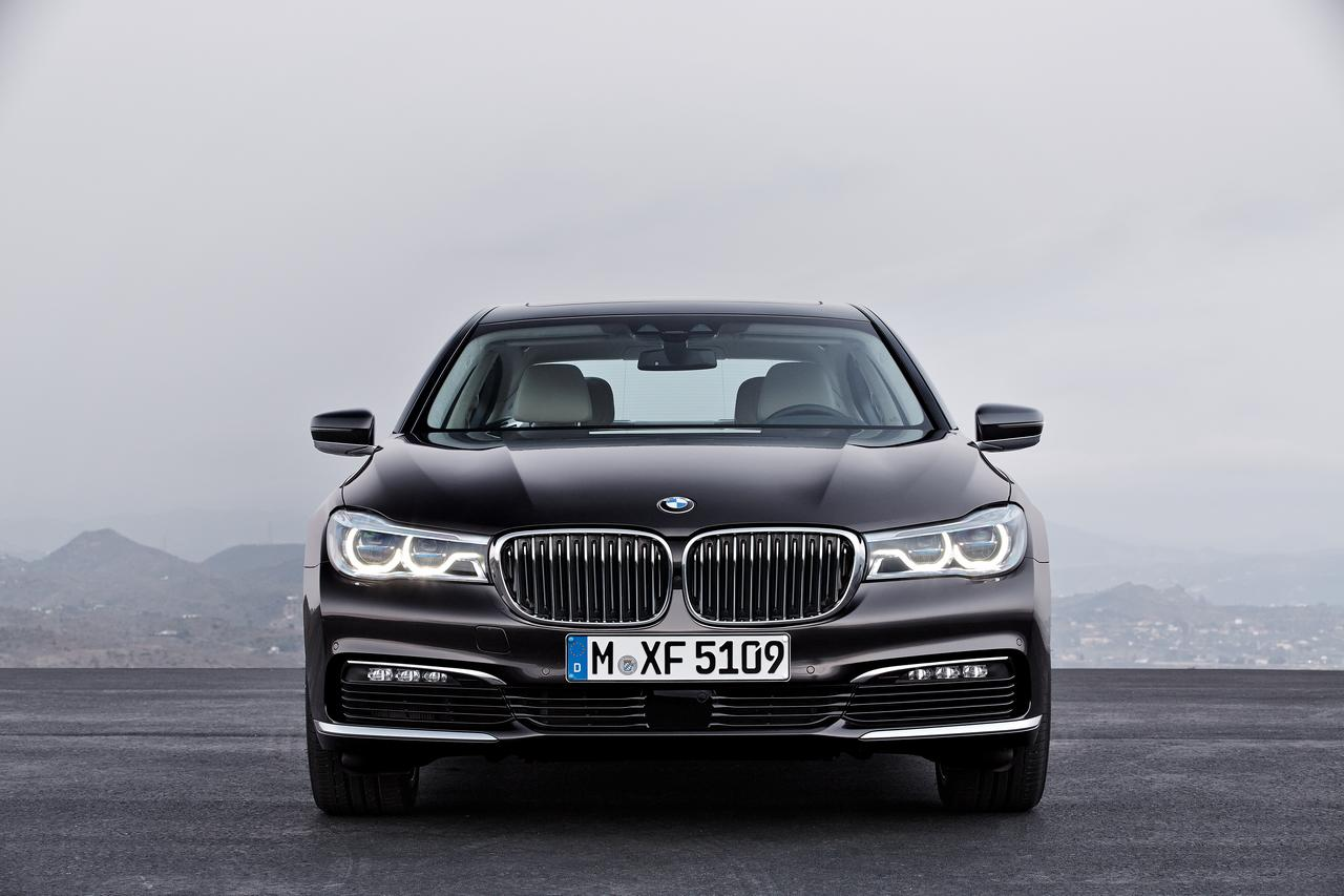 BMW-Serie-7-750Li-xDrive-prezzo-price-0-100_4