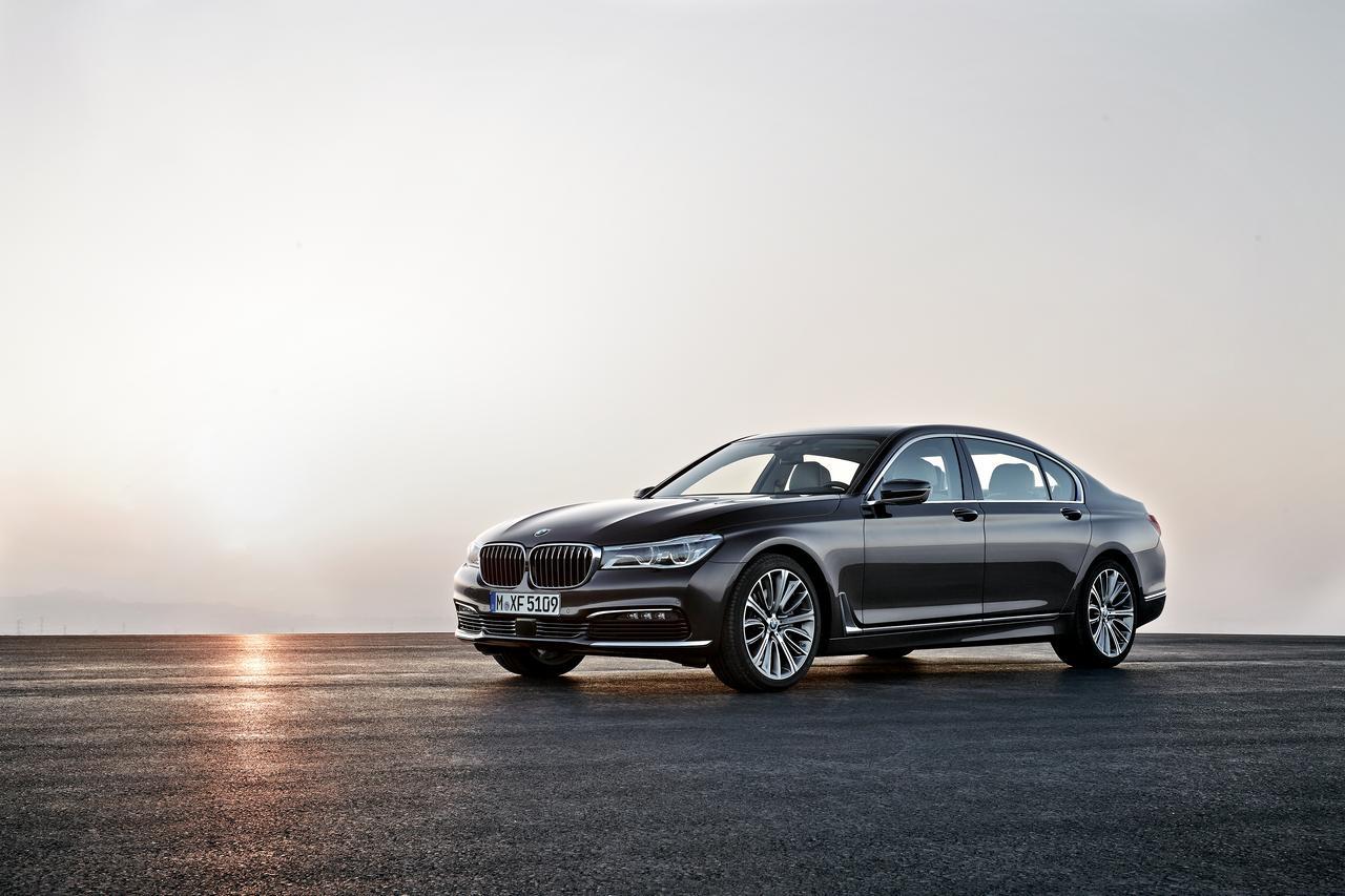 BMW-Serie-7-750Li-xDrive-prezzo-price-0-100_5