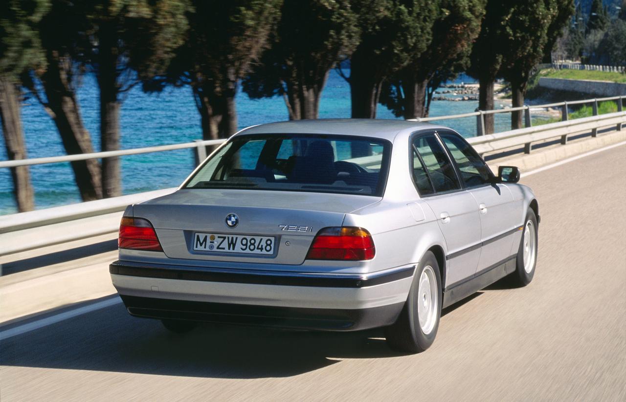 BMW-Serie-7-storia-history-prezzo-price-0-100_1