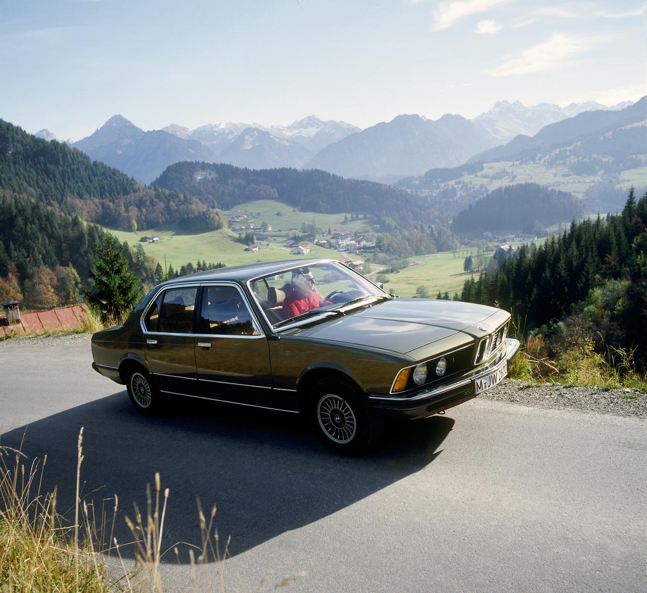 BMW-Serie-7-storia-history-prezzo-price-0-100_4