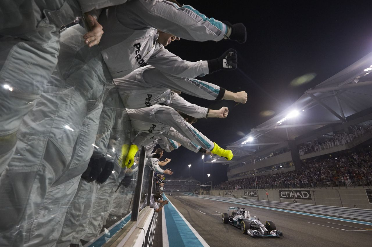 mercedes-benz_in_the_2014_formula_1_season_13