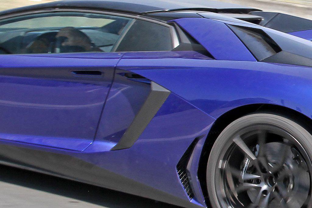 Lamborghini-Aventador-LP750-4-Superveloce-SV-Roadster_7