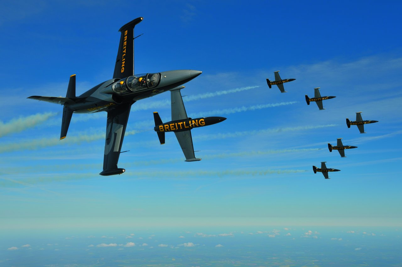 bentley-continental-gt-speed-breitling-jet-team-series_0-100_16