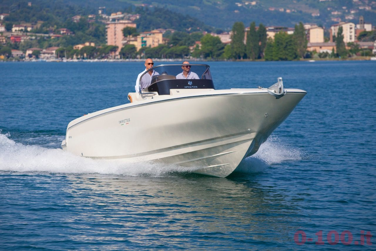 invictus-yacht-270fx-christian-grande-cannes-yachting-festival-2015_0-1002
