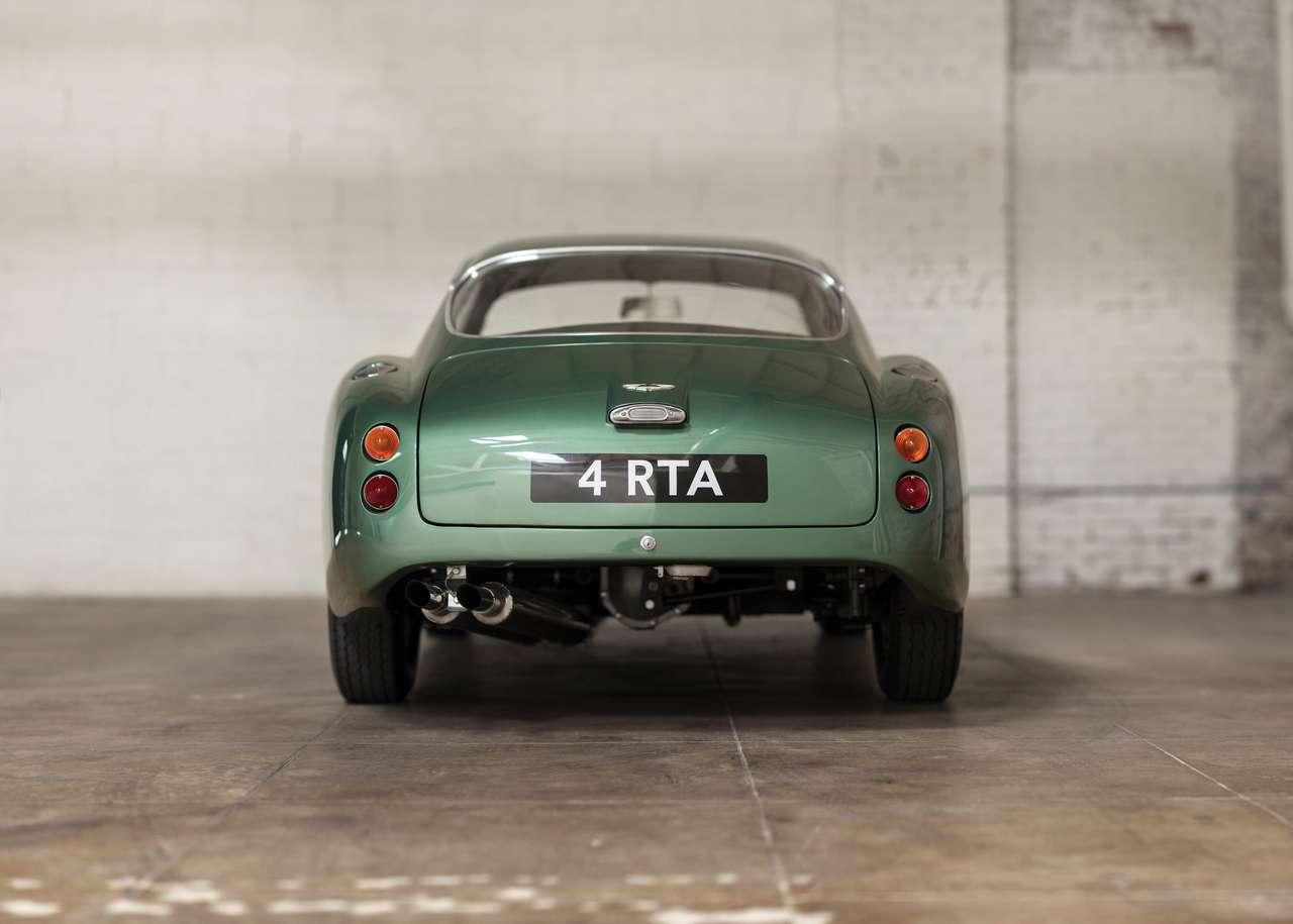 rm-auctions-sothebys-new-york-aston-martin-db4-gtz-zagato-0186R_0-100_2