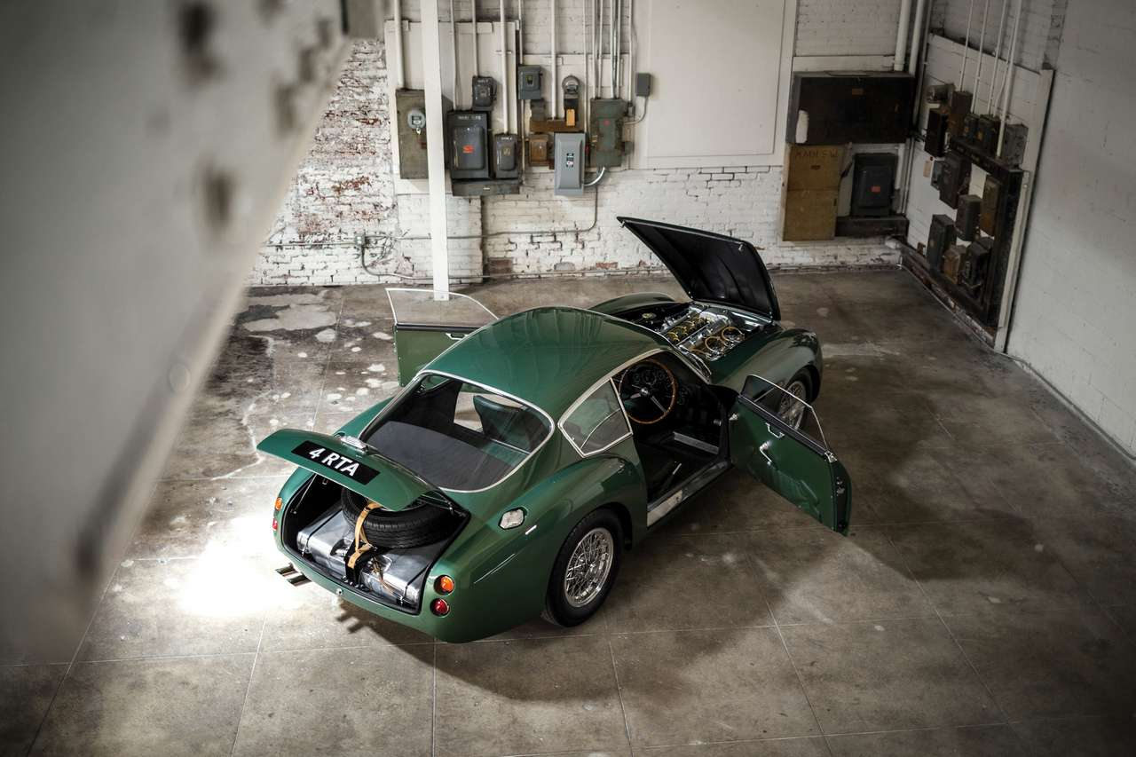 rm-auctions-sothebys-new-york-aston-martin-db4-gtz-zagato-0186R_0-100_4