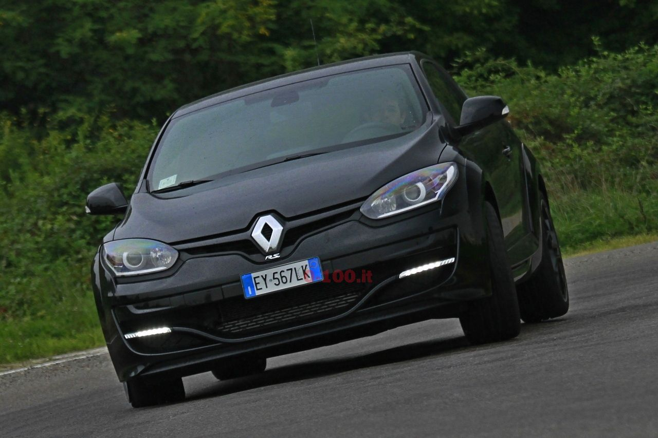 Renault-megane-rs-270-test-drive-prova-prezzo-price-impressioni_0-100_2