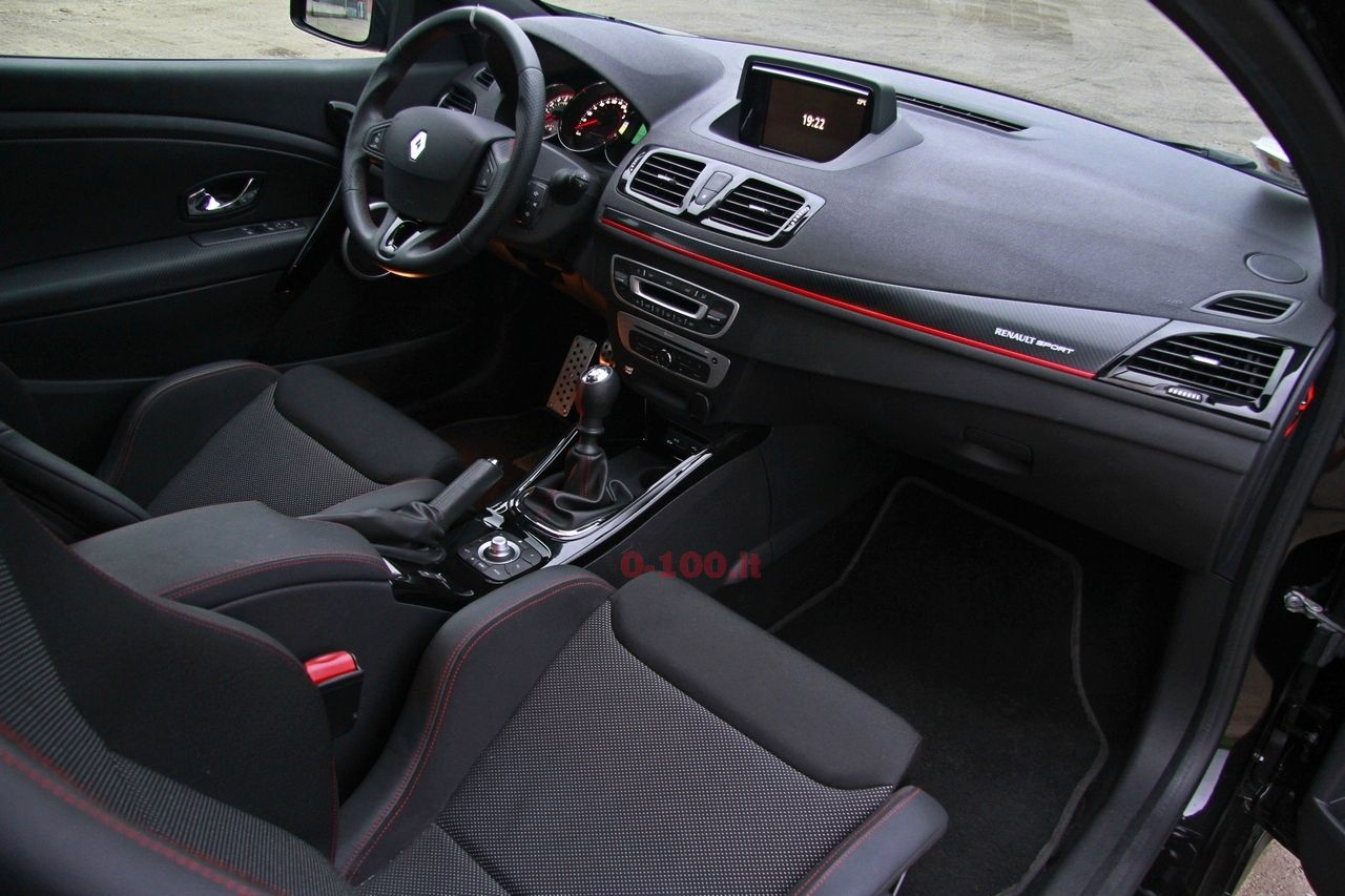 Renault-megane-rs-270-test-drive-prova-prezzo-price-impressioni_0-100_29