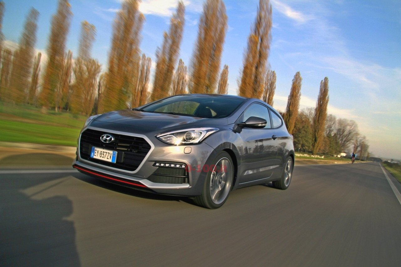 hyundai-i30-turbo-impressioni-test-drive-prova-strada-prezzo-price_0-100_10