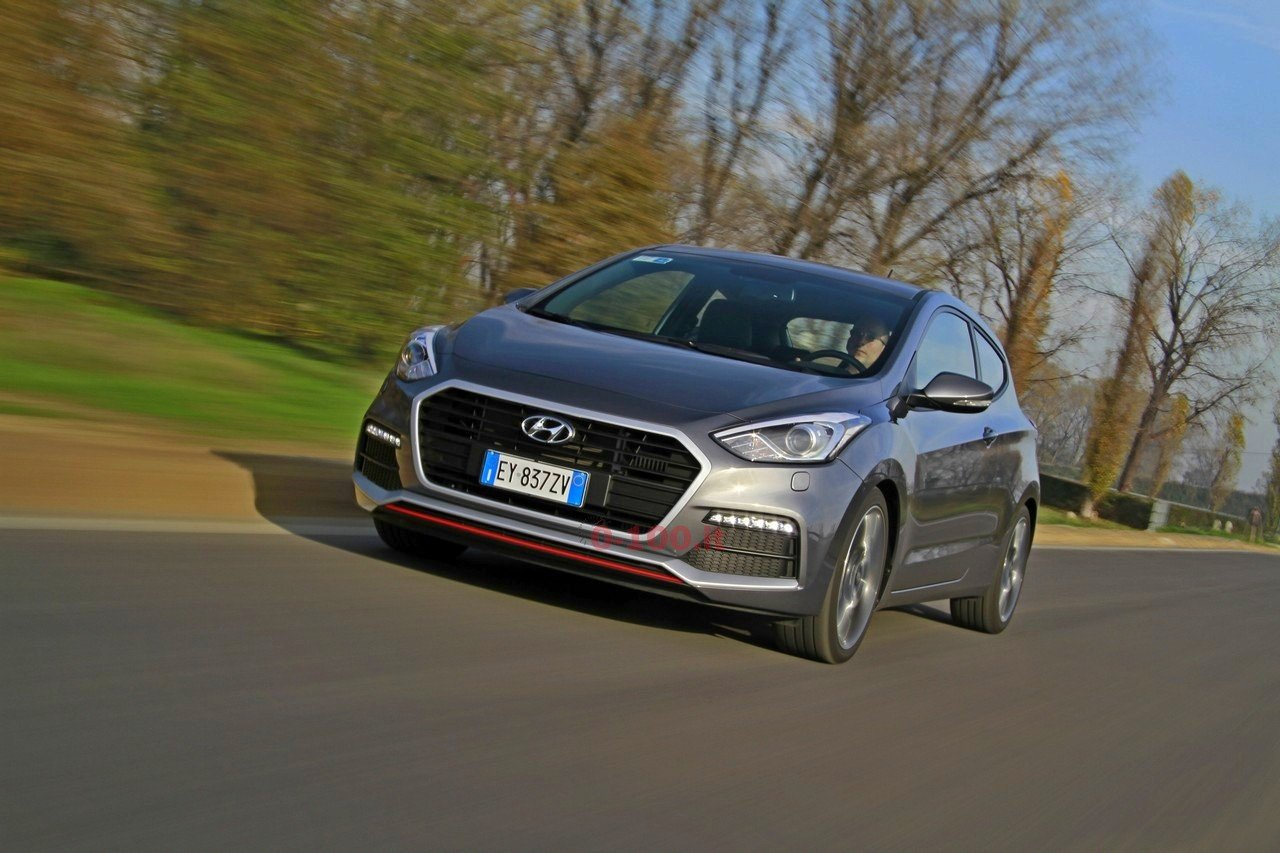 hyundai-i30-turbo-impressioni-test-drive-prova-strada-prezzo-price_0-100_11