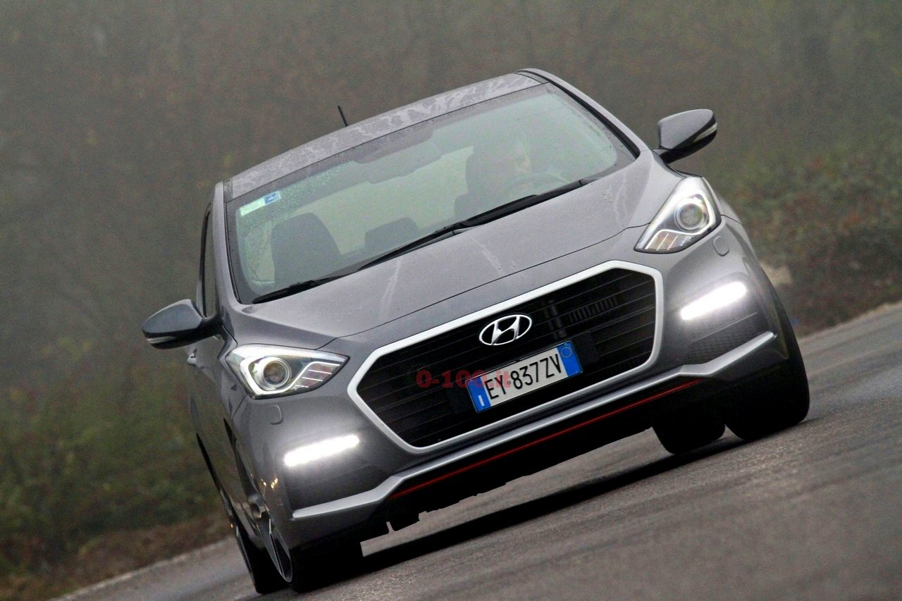 hyundai-i30-turbo-impressioni-test-drive-prova-strada-prezzo-price_0-100_2