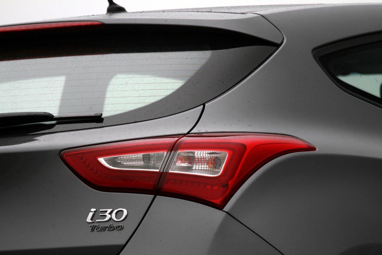 hyundai-i30-turbo-impressioni-test-drive-prova-strada-prezzo-price_0-100_27
