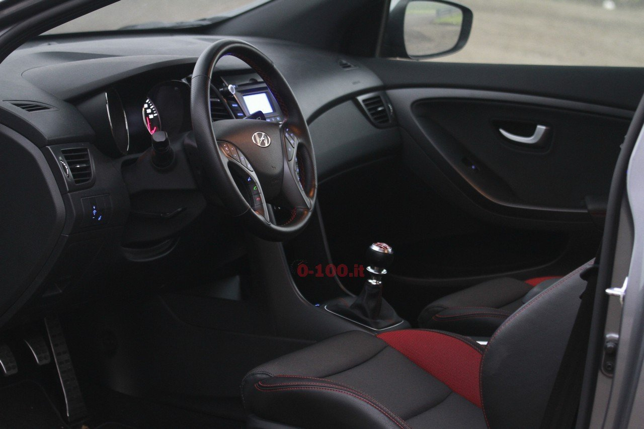 hyundai-i30-turbo-impressioni-test-drive-prova-strada-prezzo-price_0-100_32