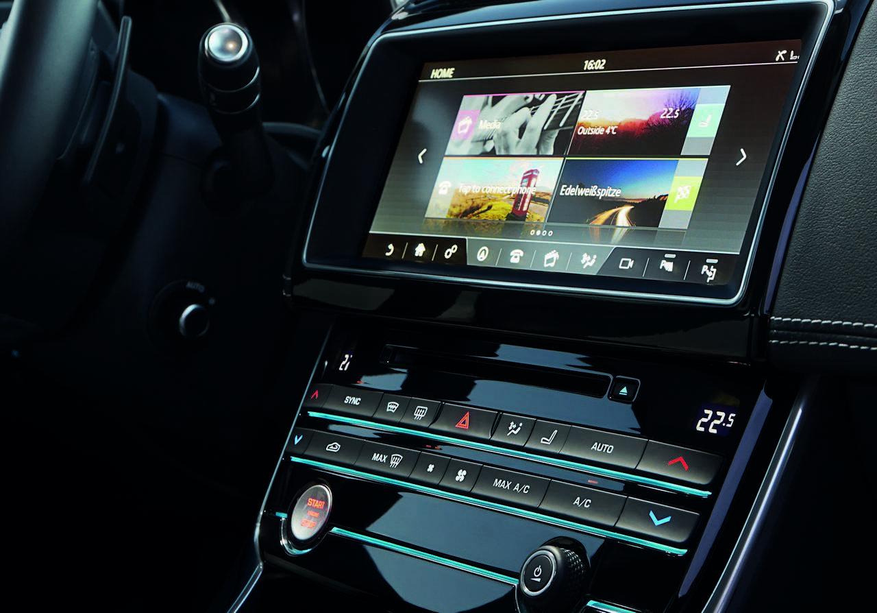 jaguar-xe-AWD-trazione-integrale_0-100_1