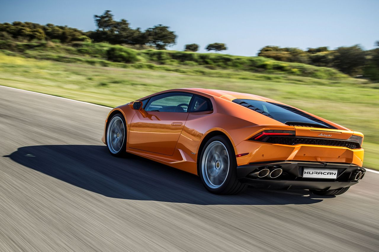 novita-lamborghini-huracan-lp610-4-model-year-2016_0-100_3