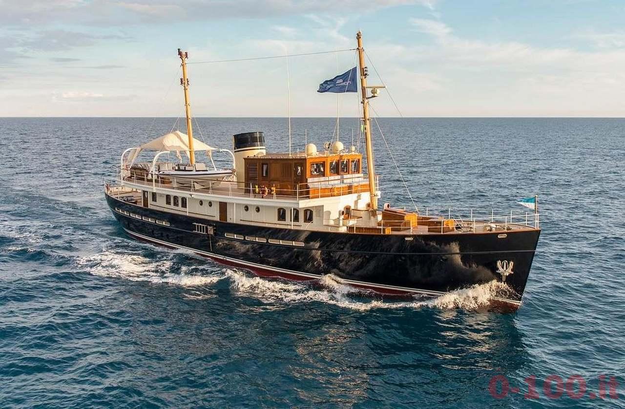 rossinavi-taransay-mega-yacht_0-1001