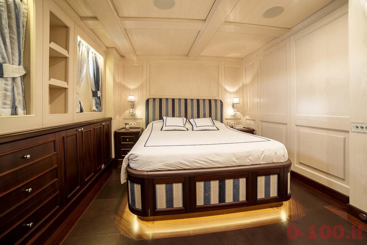 rossinavi-taransay-mega-yacht_0-1008