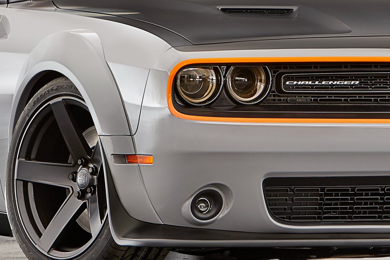 sema-2015-dodge-challenger-gt-awd-concept_0-100_8