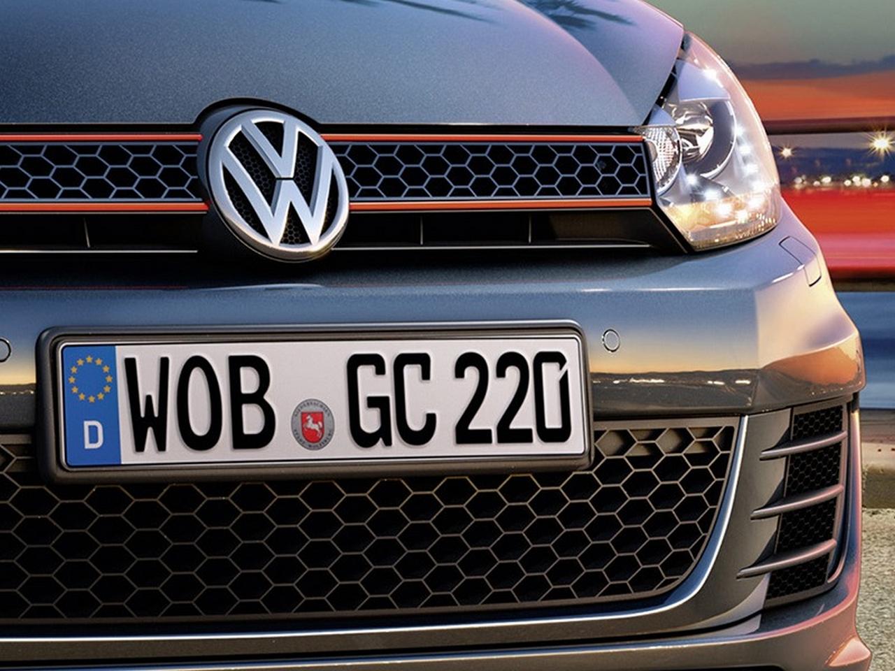 volkswagen-golf-gti-cabriolet-2016_0-100_4