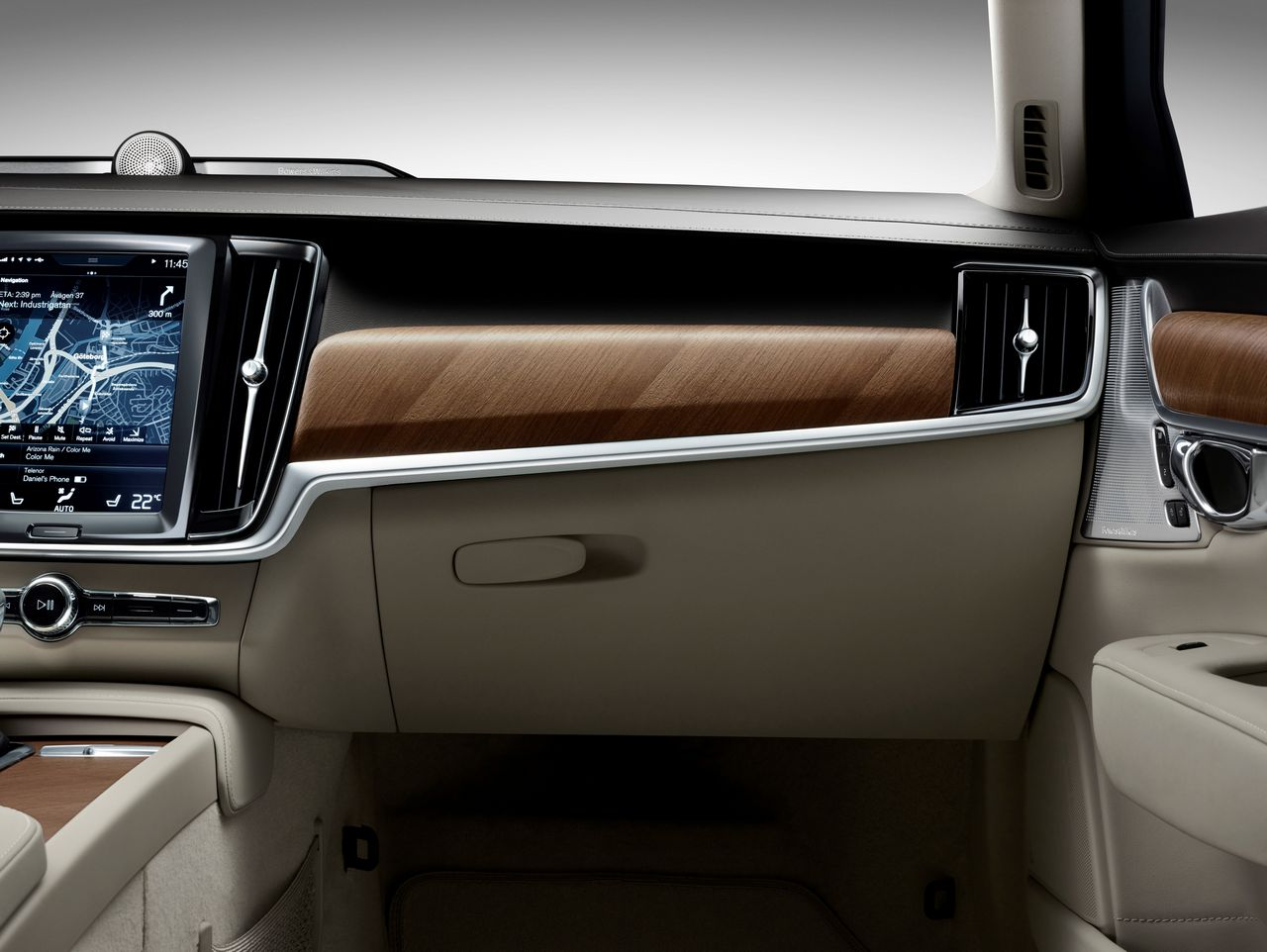 Interior IP Glove box Volvo S90
