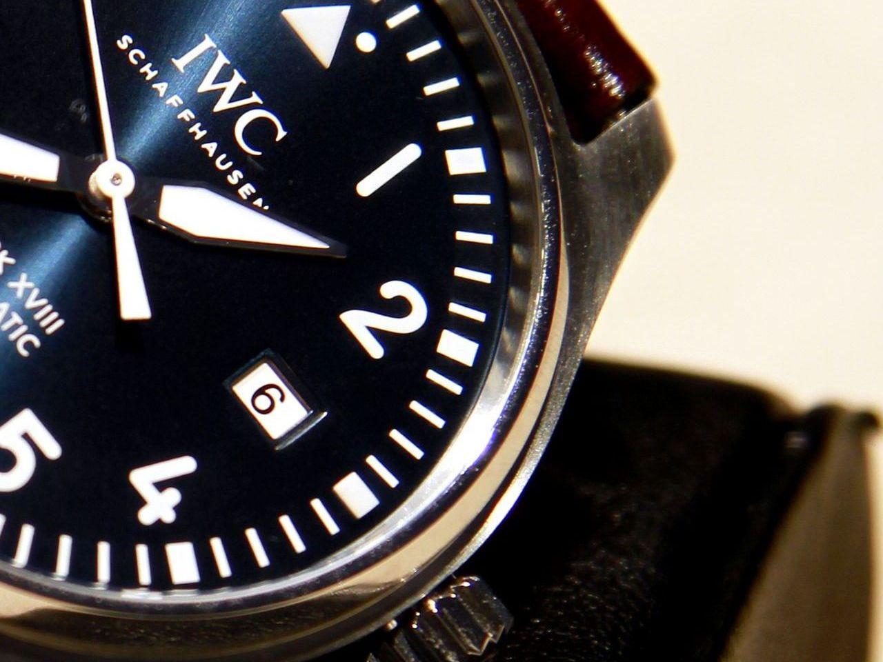 IWC-Pilot-Watch-Mark-XVIII-Edition-Le-Petit-Prince-Ref-IW327004_3