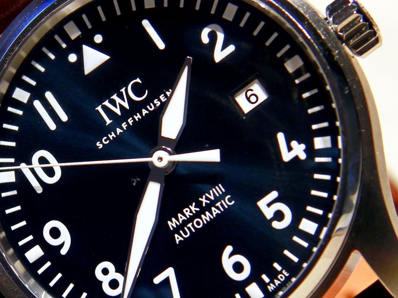 IWC-Pilot-Watch-Mark-XVIII-Edition-Le-Petit-Prince-Ref-IW327004_4